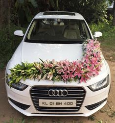 Wedding Car Decoration Ideas With Fresh Flowers Wedding Car Decorations, Flower Decorations, Wedding Blog, Dream Wedding, Wedding Day, Bridal Car, Card Box Wedding, Bride Bouquets, Bridal Flowers