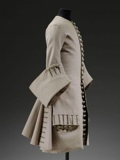 17th Century Fashion, 18th Century Costume, Used Victoria, Grey Outfit, Mens Fashion, Fashion Outfits, Victoria And Albert Museum, Western Outfits, Black Butler