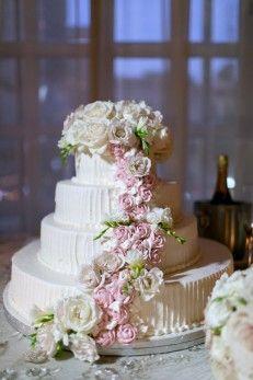 Floral wedding cake - Arte De Vie Photography