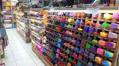 Ahşap kirtasiye pleksi kalemlik raf görseli www.rafso.com