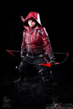Amazing Red Arrow Cosplayer Show #Red Arrow # Arrow Cosplay