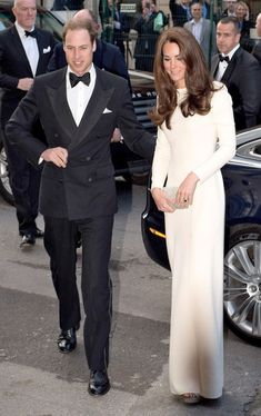 Kate Middleton Photos - The Duchess of Cambridge Kate Middleton and The Duke of Cambridge Prince William are pictured as they arrive at The Claridges Hotel for the Thirty Club in London, England on May 8, 2012. - Will and Kate Attend Thirty Club Event 6