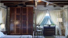 rusztikus hálószoba, görög lakás, lakberendezés (Luxuslakások, ház) Curtains, House, Home Decor, Blinds, Decoration Home, Home, Room Decor, Draping, Home Interior Design
