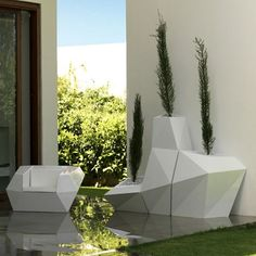 FAZ Planter in Collection
