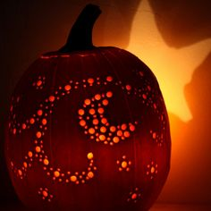Drill Bit Pumpkin - going to try this with the foam pumpkins...  secure them to the front flower pots with tent stakes - fall/halloween luminaries!