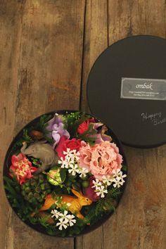 Flower Arrange | ombak Elegant Flowers, Real Flowers, Diy Flowers, Floral Flowers, Spring Flowers, Diy Flower Boxes, Flower Box Gift, Sacher Wien, Natural Bouquet