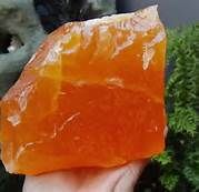 If you are blocked creatively or sexually, orange calcite is the stone for you. It gets your creative juices flowing, helps to heal reproductive and sexual disorders, is highly energizing and helps to alleviate depression. This is the stone for artists. This is a very energizing stone and helps with chronic fatigue, emotional fears, and mental breakdown. This stone assists in emotional healing and proving emotional balance with it it's warm energy that both calms and recharges at the same…