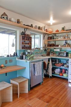 Beatrice and Ramsey's Cultured Echo Park Casa House Tour Kitchen Design, Space Kitchen, Real Kitchen, Cozy Kitchen, Open Kitchen, Country Kitchen, Kitchen Storage, Kitchen Shelves, Open Shelving