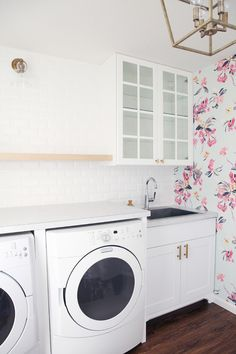 IHeart Organizing: Laundry Room Check-In: Tile and Wallpaper Sneak Peeks