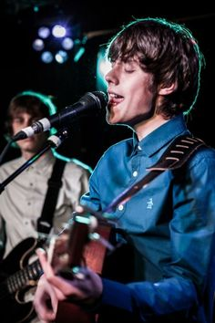 Jake Bugg. Hot damn. His music. Mmm. | <----seriously perfect caption