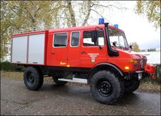 Perfect rescue vehicle. Unimog Doka