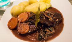 Vegan Beef bourguignon. bœuf bourguignon, végétalien. Vegansk biff bourguignon.