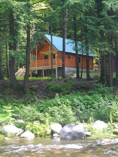 Conestoga Log Cabins has been providing quality small cabin kits to customers since Contact us today for more information on our Vacationer Log Cabin. Barn Garage, Garage Kits, Prefab Cabins, Log Cabins, Cabin Design, House Design, Off Grid House, Log Cabin Kits, Simple Living