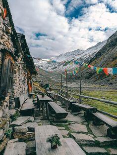 Hüttenfeeling auf der Hohenaualm in Klein Tibet. Tirol und das Zillertal hat so viele, schöne Ecken! Die besten Reisetipps bekommt ihr auf lilies-diary.com.