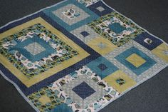 Week # 40 - Baby Quilt and pattern - quilt up for auction for Macmillan Cancer Support, and pattern to go on sale this week with 100% of price going to the charity as well!