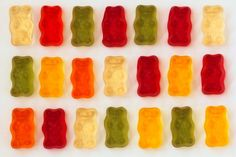 Gummy bear count: 6 red, 2 orange, 4 yellow, 5 green, and 4 white.