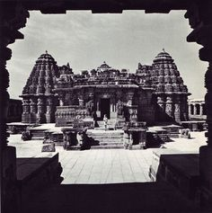 From the 1969 book Living Architecture: India by Andreas Volwahsen