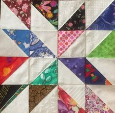 12 SCRAPPY COLLECTIONTwistingWHEELS Quilt Blocks 100/% Cotton Fabric *USA*