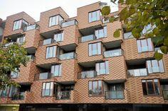 Wrocławskie budynki wśród 120 najlepszych projektów XXI w.  ------------------------------------------  Budynek wielorodzinny Corte Verona przy ul. Grabiszyńskiej we Wrocławiu (proj. Biuro Projektów Lewicki Łatak)