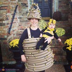 Mama Beehive and Baby Bee Costumes - Halloween Costume Contest Baby Bee Costume, Bee Halloween Costume, Sibling Costume, Homemade Halloween Costumes, Cute Costumes, Creative Halloween Costumes, Diy Halloween, Costume Ideas, Halloween Parade