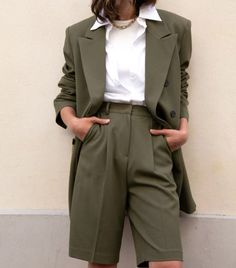 The Frankie Shop Julie Criss Cross Blazer in Olive Green Fashion Mode, Suit Fashion, Aesthetic Fashion, Aesthetic Clothes, Korean Fashion, Fashion Outfits, Petite Fashion, Pretty Outfits, Stylish Outfits