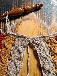 Autumn Crochet, Crochet Jumper, Tutorial Crochet, Learn To Crochet, Free Pattern, Crochet Necklace, Vest, Patterns, Block Prints