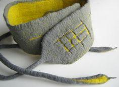 Handfelted belt