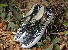 weirdo dave vans authentic china girl 01 570x424 Weirdo Dave x Vans Authentic China Girl