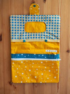 Diy Bag Organiser, Diy Pochette, Diy Accessoires, Toddler Rooms, Couches, Lunch Box, Packaging, Sewing, Children