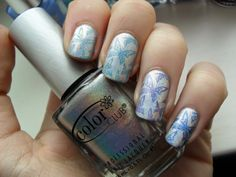 Clothes, Cosmetics and Chat: Friday's Fingers: Blue Gradient Butterflies
