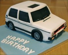 VW Wolf - cake by Mr Cake UK