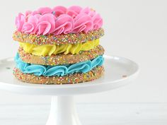 I made a sprinkle cookie cake! Yes, it's a stack of yummy cookies, filled with… Sprinkle Cookies, Cupcake Cookies, Rainbow Sweets, Rainbow Cakes, Bright Cakes, Sugar Dough, Cake Style, Confetti Cake, Sugar Sprinkles