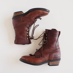 vintage Ariat lace up work boots