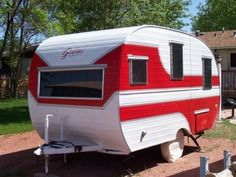 """Visit our internet site for even more relevant information on """"travel trailer ideas"""". It is a superb place to read more. Vintage Campers Trailers, Retro Campers, Vintage Caravans, Camper Trailers, Vintage Motorhome, Classic Campers, Vintage Rv, Cool Campers, Remodeled Campers"""
