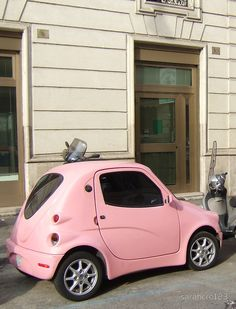 pink mini car for girls! Pink Love, Pretty In Pink, Hot Pink, Ford Gt, Carros Bmw, Mini Car, Auto Retro, Modelos 3d, Smart Car