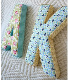 Fabric letters tutorial - 35 Creative DIY Letters in Life ! Fabric Letters, Diy Letters, Letters Decoration, Fabric Covered Letters, Wood Letters, Sewing Hacks, Sewing Tutorials, Sewing Patterns, Tutorial Sewing