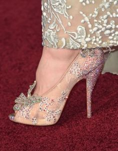 8c39ea688c15 Lily James from last night s Cinderella premiere. A true Cinderella slipper  by Christian Louboutin