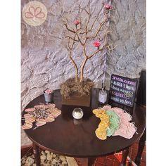 El árbol de los deseos M R #weddingdecoration #boda #decoracion #vintage #love #amor #photooftheday #flores #flowers #crafts #decolores #caracas #novia #bride #wishtree #picoftheday #venezuela #instabride #hechoamano #creativo #instalove #instagood #instamood #centrosdemesa #centerpieces #sign #chalkboard #pizarra #message #Padgram