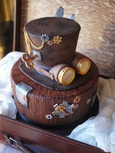 Steampunk Wedding Cakes That Are Beyond Cool Diy Wedding Cake, Wedding Cake Designs, Unique Cakes, Creative Cakes, Fancy Cakes, Cute Cakes, Beautiful Cakes, Amazing Cakes, Steampunk Wedding Cake