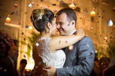 Confira o casamento superanimado de Amanda e Thiago, que rolou na Mansão Botafogo. As fotos são de Luiza Reis e da equipe da Stevez Fotografias.