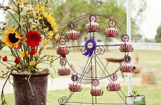 {Party Find} Ferris Wheel Cupcake Holder on http://pizzazzerie.com