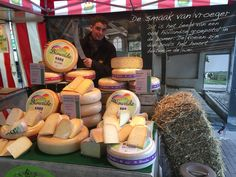 Ecological cheese week Holland kaascentrum. Weekly market saturday 29th october 2016 Helmond