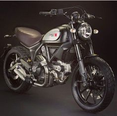 RocketGarage Cafe Racer: Ducati Scrambler Customization