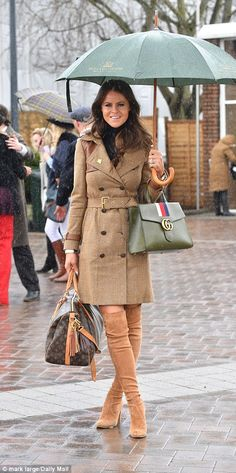 Racegoers at Cheltenham Festival opt for VERY risque ensembles Race Day Outfits, Races Outfit, Outfit Sets, Races Fashion, Cape Coat, Harris Tweed, Country Outfits, Royal Fashion, Canoeing