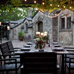 Best Napa Valley Wineries to visit (Food & Wine): Whetstone - tasting room is situated in a real live chateau built in 1885