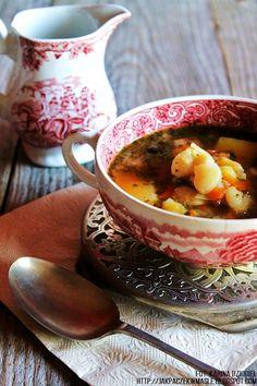 Jak pączek w maśle...blog kulinarny,smacznie,zdrowo,kolorowo!: Zupa fasolowa - fasolówka