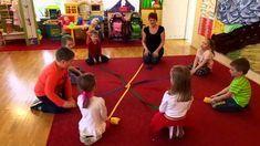 zabawy ruchem, dźwiękiem i słowem ;) Kindergarten Games, Preschool Music, Preschool Education, Preschool Learning, Art Therapy Activities, Music Activities, Montessori Activities, Classroom Activities, Music For Kids