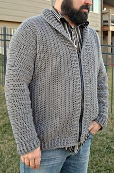Crochet Blusas Patterns Cozy Coed Cardigan Crochet Pattern (Sizes: Adult Small to Tall) - The Cozy Coed Cardigan pattern is READY! Perfect for MEN or WOMEN, the pattern features vertical rows and a killer collar. Add buttons OR a zipper! Crochet Jacket Pattern, Crochet Jumper, Black Crochet Dress, Crochet Coat, Crochet Shawl, Crochet Clothes, Crochet Sweaters, Crochet Patterns, Sewing Patterns