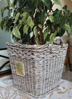 Декор предметов Плетение Кашпо - компаньон Бумага газетная фото 4