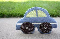Esta almofada de carro não encanta somente as crianças, ela encanta a todos, até adultos (Foto: noodle-head.com)